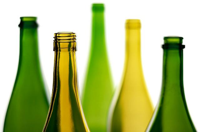 Бутылки к чему снятся