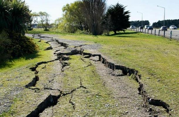 Сонник землетрясение к чему снится